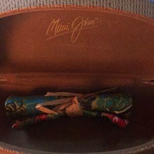 Maui Jim Accessories - Maui Jim Large Clam Case